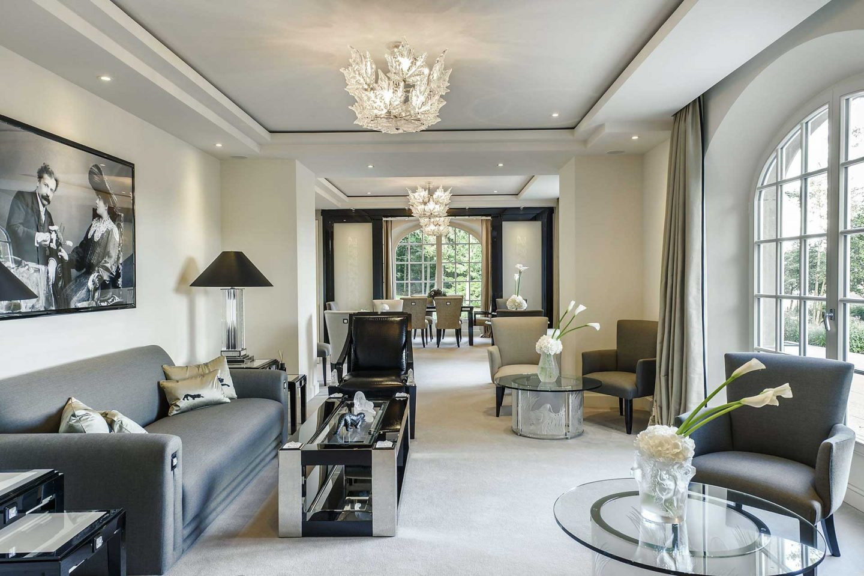 Villa René Lalique lounge